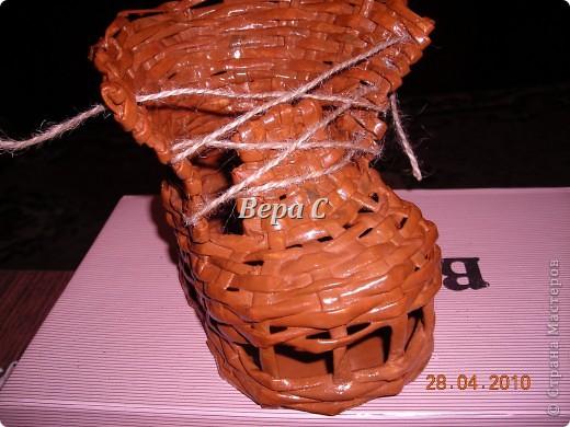 На одном иностранном сайте увидела плетеный башмак,описания там не было. Долго я его там рассматривала ,немного изменила и решила поделиться с вами его созданием.. Фото 16