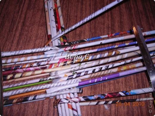 Мастер-класс,  Плетение, :  Опять  газета...  плетение овального донышка...  плетение двумя палочками ( 1 часть) Бумага журнальная Отдых, . Фото 3