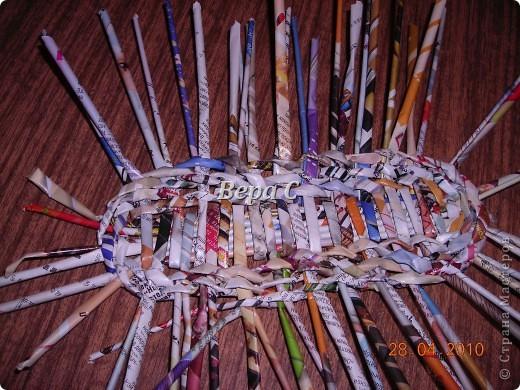 Мастер-класс,  Плетение, :  Опять  газета...  плетение овального донышка...  плетение двумя палочками ( 1 часть) Бумага журнальная Отдых, . Фото 7