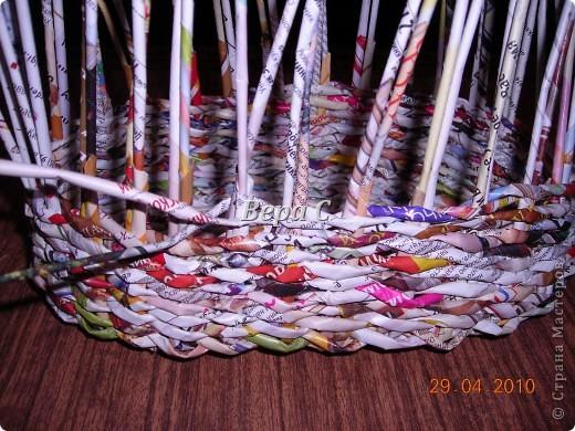 Мастер-класс,  Плетение, :  Опять  газета...  плетение овального донышка...  плетение двумя палочками ( 1 часть) Бумага журнальная Отдых, . Фото 12