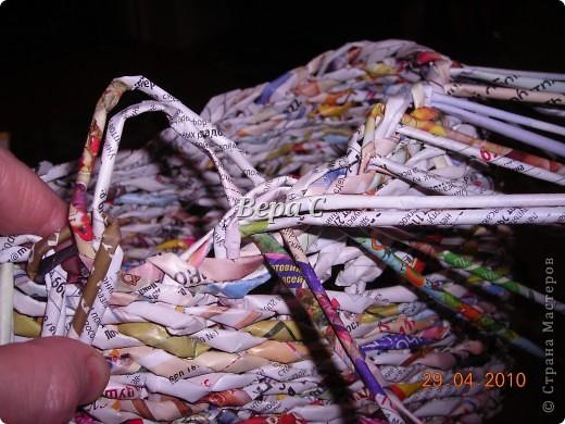 Мастер-класс,  Плетение, :  Опять  газета...  плетение овального донышка...  плетение двумя палочками ( 1 часть) Бумага журнальная Отдых, . Фото 18