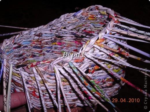 Мастер-класс,  Плетение, :  Опять  газета...  плетение овального донышка...  плетение двумя палочками ( 1 часть) Бумага журнальная Отдых, . Фото 19