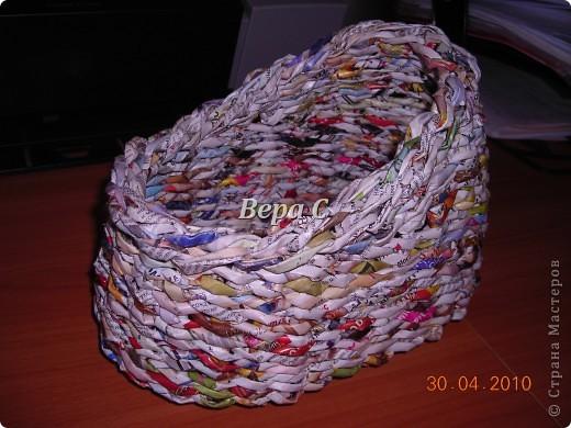 На просторах иностранного сайта увидела вот такое плетение.Решила испробовать и сразу же делиться с вами,мои плетеночники. Берем 6 палочек,можно больше(четное).. Фото 22