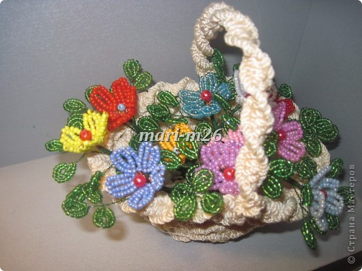Мастер-класс Бисероплетение: Корзиночка с цветами Бисер. Фото 1