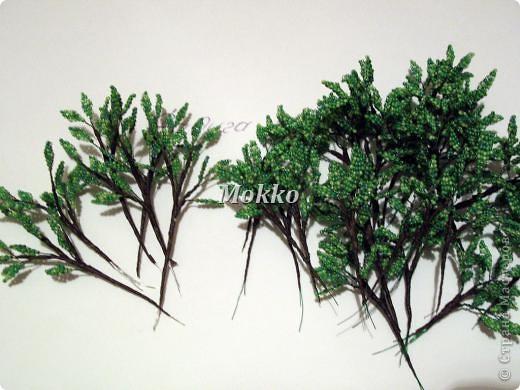 Листья сплетены в параллельной технике. Фото 3