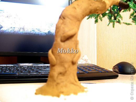 Листья сплетены в параллельной технике. Фото 20
