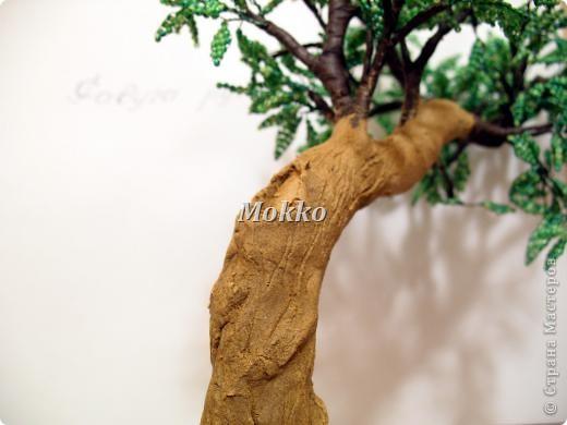 Листья сплетены в параллельной технике. Фото 23