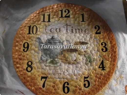 Мастер-класс Декупаж: (небольшой МК) Часы на кухню Клей, Салфетки, Скорлупа яичная Дебют. Фото 10