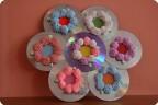 Цветы из шарикого пластилина.