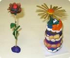 Цветы из еловой шишки и семян ясеня