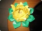 Модульное оригами - кувшинка.