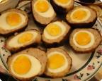 Запечёные яйца в котлетном фарше