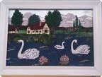 а белый лебедь на пруду........