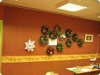 наши Рождественские венки из мишуры