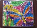 Поделка из цветных камушек 112