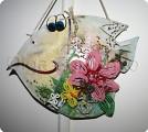 Рыбка с бисерными цветами