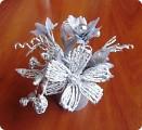 Букет с цветами из фольги