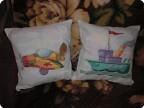 Вышитые подушки для племянников.