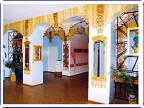 Оформления коридора ( т.к оформлены также элементами различной резьбы по.