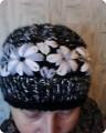 Гардероб Вышивка Вязание Вязаная шапка с вышитыми цветами Пряжа фото 1. Самые популярные и...