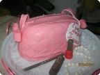 Торт сумочка из мастики для девочки. .  - Каталог сумочек, клатчей, портфелей, чемоданов и рюкзаков 2015 года.