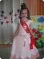 Платья для девочек,платье для девочки крючком,нарядные. на выпускной,схема платья крючком для девочки...