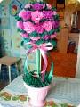 Топиарий из цветов из гофрированной бумаги своими