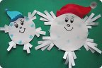 Снежинки своими руками с детьми 44