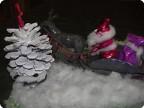 По снежному лесу с подарками