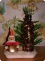 Дед Мороз под ёлкой