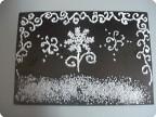 Мороз рисует на стекле - зимние цветы