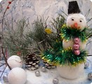 Снеговичок спешит к друзьям