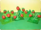 Детские поделки из ягод