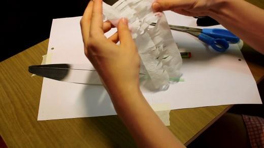 и разделяем на 2 слоя (это добавит мягкости бумаги, иначе будет стоять колом и будет видно, что это бумага, а не пух)