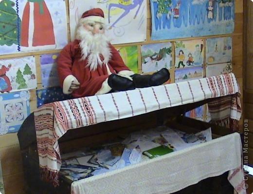 Без новогодней песенки ворота в усадьбу Деда Мороза не открываются фото 8