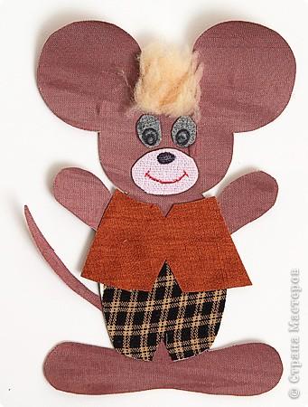 Мышонок в костюме 2