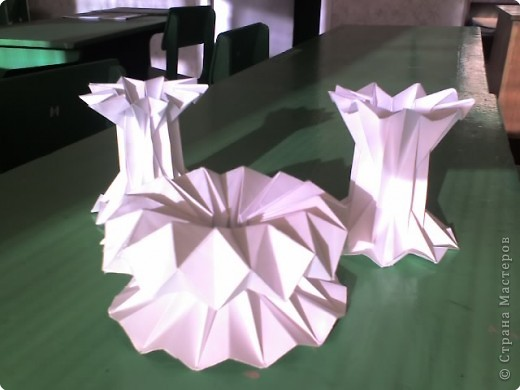Бумагопластика: вазочки фото 1