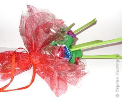 Валентинов день букеты из конфет