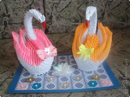 Бантик на рыженьком лебеде и цветочек между лебедями выполнены с помощью МК, выложенных в Стране фото 1