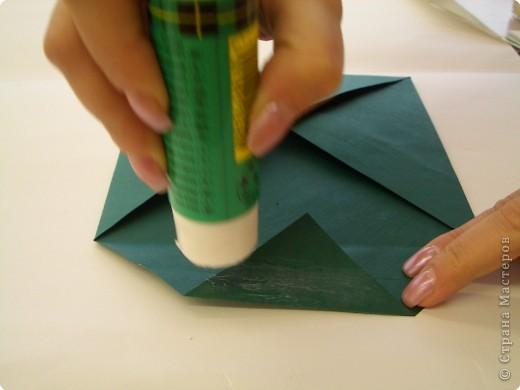 """Оригами: Описание работы """"Красный цеток в рамке"""" фото 5"""