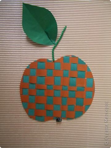 Полотняное плетение. Ягоды и фрукты. фото 6