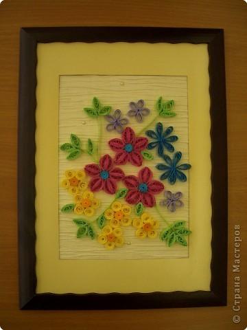 """Квиллинг """"Цветы в рамке""""."""