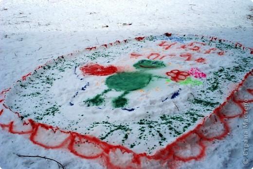 Рисунки на снегу фото 1