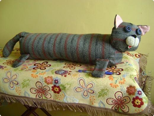 Игрушка мягкая: кот Сосискин