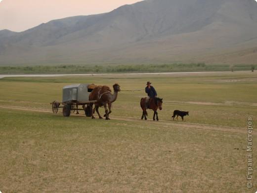 42-х метровая статуя Чингис- хана. Монголы почитают Чингис-хана как величайшего героя и реформатора, почти как воплощение божества. фото 15