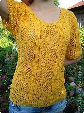 Желтый топ связан на спицах.  фото 7