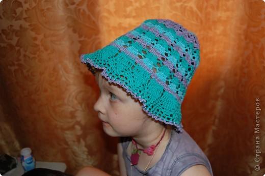две систрички в разных шляпках фото 5