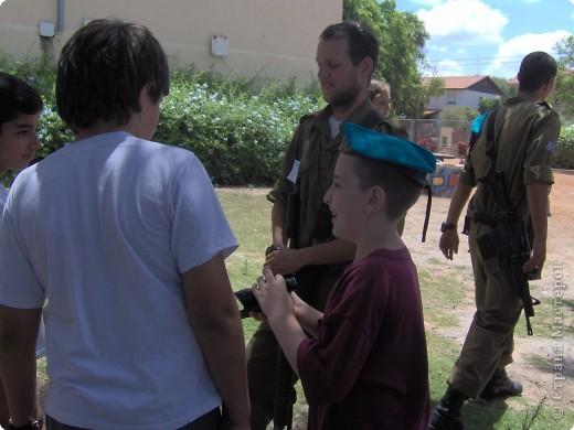 Приветствие солдат. фото 13