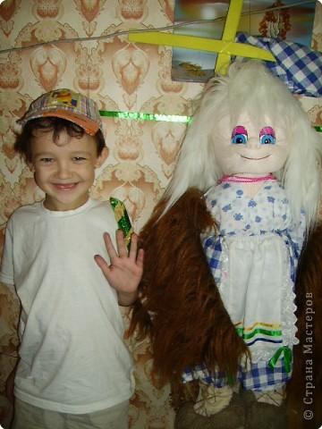 """Мой сын- Антон и Марионетка """"Добрая  Баба Яга""""- ее у меня приобрели для девочки-инвалида. Дай Бог, что бы ее жизнь была хоть немного радостней.  ."""