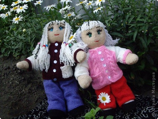 Вязание спицами: Куклы в подарок фото 3